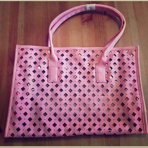 Handbags - Pink tote bag (never used)